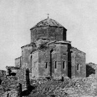Мцхетский Джвари. 590-604 гг. Восточный фасад. Фрагмент