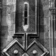 Икорта. Фрагмент декора восточной стены. Конец 12 века