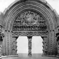 Церковь Сен Пьер в Муассаке. Главный портал. 1-я половина 12 в.
