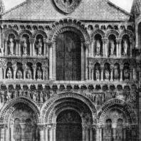 Церковь Нотр-Дам ла Гранд в Пуатье. Окончена в конце 12 в. Западный фасад. Фрагмент