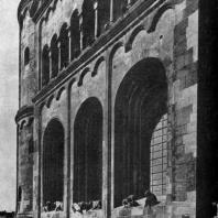 Собор в Вормсе. Восточный фасад. Фрагмент