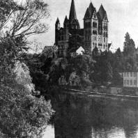 Собор в Лимбурге. Начало 13 в. Общий вид с северо-запада