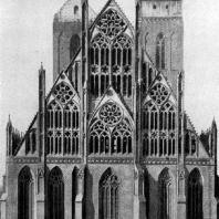 Церковь Марии в Пренцлау. Башни сооружены во 2-й половине 13 в., восточная часть - в середине 14 в. Вид с востока