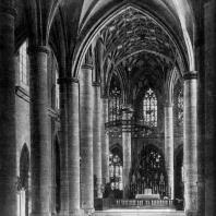 Церковь св. Креста в Гмюнде. Около 1330-1521 гг. Внутренний вид