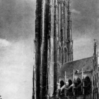 Собор св. Ромуальда в Мехельне. 1342-1487 гг. Вид с юга