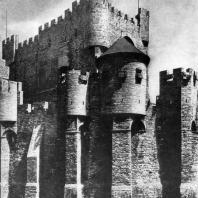 Замок графов Фландрских в Генте. Основное строительство в 12-13 вв.