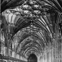 Собор в Глочестере. Галлерея клуатра. 1351-1407 гг.