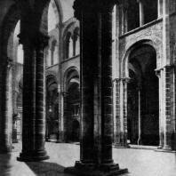 Собор Сант Яго де Компостела. 1078-1128 гг. Внутренний вид