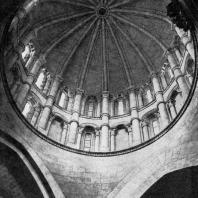 Старый собор в Саламанке. Фонарная башня 12 века. Внутренний вид