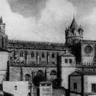 Собор в Эворе. 1185-1204 гг. Вид с юга
