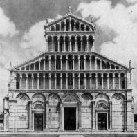 Собор в Пизе. Западный фасад