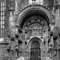Тынский собор в Праге. Портал. Конец 14 века