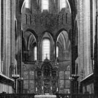 Собор в Роскилле. Заложен в 1191 г. Внутренний вид. Хор