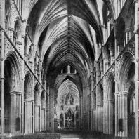 Собор в Тронхейме (Nidarosdomen). Основное строительство в 12-13 вв., собор завершен в 19-20 вв. Внутренний вид