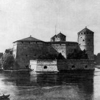 Замок Олавинлинна в городе Савонлинна 1475 г. Общий вид