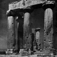 Храм Аполлона в Коринфе. Конец 6 в. до н. э.