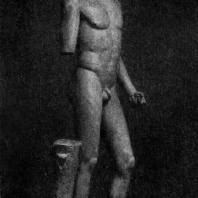 Пифагор Регийский. Гиацинт, или Эрот Соранцо. Вторая четверть 5 в. до н. э. Мраморная римская копия с утраченного бронзового оригинала. Ленинград. Эрмитаж