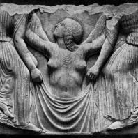Трон Людовизи. Рождение Афродиты. Мрамор. Около 470 г. до н. э. Рим. Музей Терм