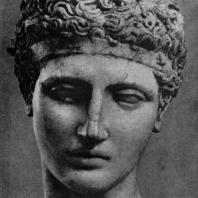 Кресилай. Голова эфеба. Вторая половина 5 в. до н. э. Мраморная римская копия с утраченного оригинала. Нью-Йорк. Метрополитен-музей