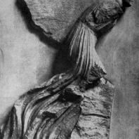 Скопас. Возничий. Фрагмент фриза Галикарнасского Мавзолея. Мрамор. Около 350 г. до н. э. Лондон. Британский музей