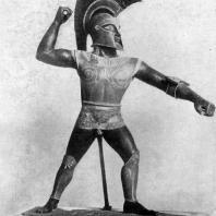 Статуя воина. Глина. Около 500 г. до н. э. Нью-Йорк. Метрополитен-музей